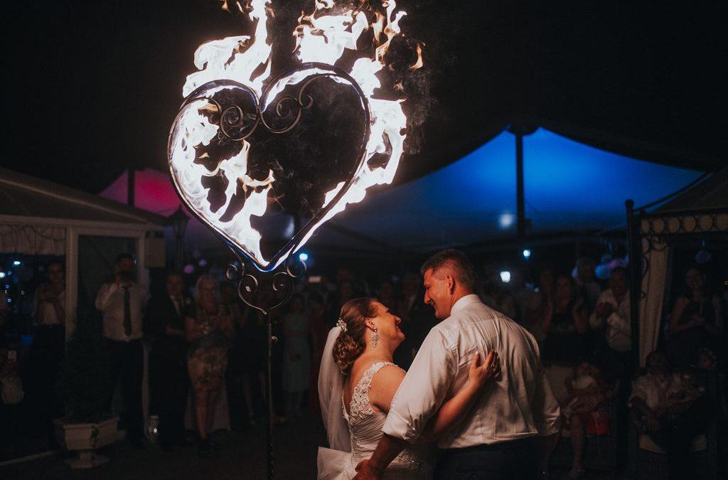 Prečo si zavolať ohňovú show na svadbu?