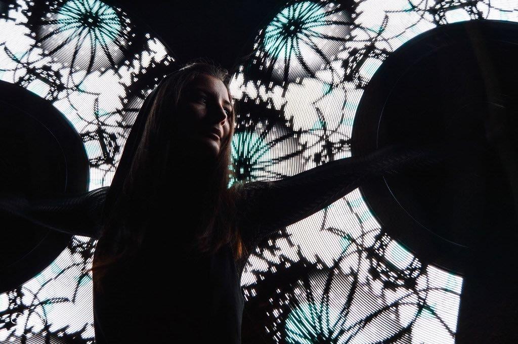Dreamdancers-pixel-poi-umenie